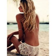 Lace shorts & sandy
