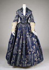 Dress 1842 The Metro