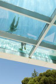 Swimming pool transp
