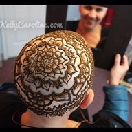 Henna crown at the s