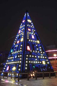 Pac Pyramid Tree
