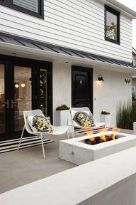 Porch, cement, stucc