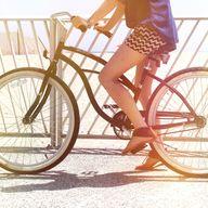 Biker Chic. Top Pinn