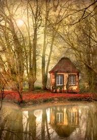 Autumn: Art and Desi