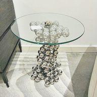 Sphere Table | Clayt