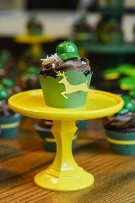 John Deere cupcake t