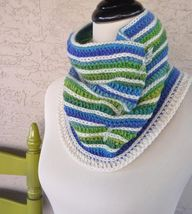 Gladiator Cowl in Cr...