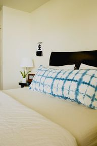DIY Shibori Pillow -