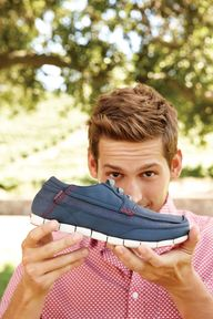 Mens lace up stretc