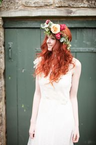 A red haired bride w