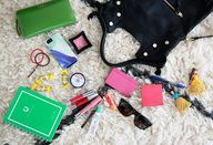 What's in my bag. (+