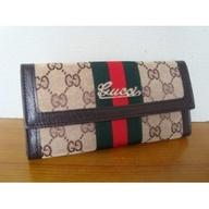 gucci brand colors -