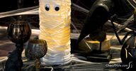 DIY mummy vase cente