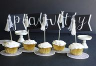 Banner cupcake toppe
