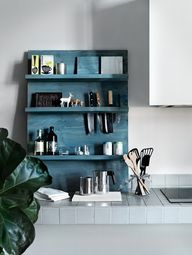 DIY kitchen shelving
