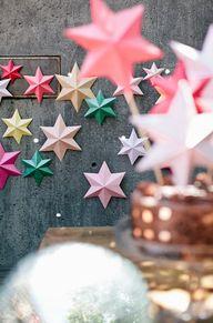 3D bright paper star