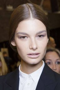 Powdered brows at Do