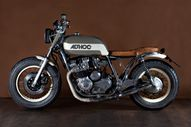 Yamaha XJ650 motorcy...