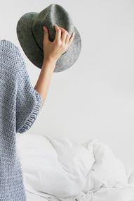 grey hat.