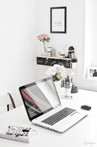 home office: clean,