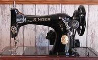 Singer 128 with a mo
