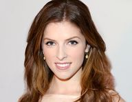 Anna Kendrick dishes