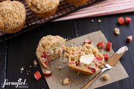 Rhubarb Muffins with
