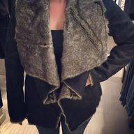 This coat is sooo GO