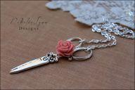 Scissor Necklace, Vi