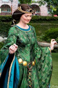 Queen Elinor by Disn