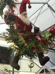 """Santa is """"hanging ou"""