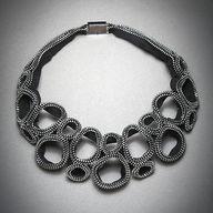 Figure Eight Zipper
