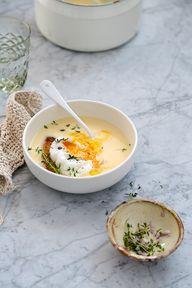 Garlic Soup. Sopa de