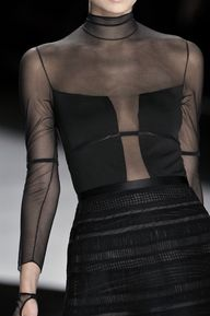 Sheer Trend #Strap&F