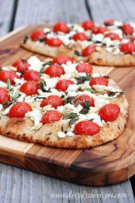 flatbread style pizz
