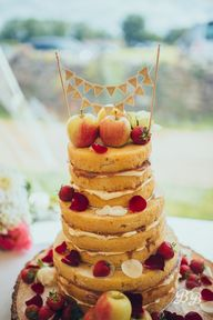 Apples as naked cake