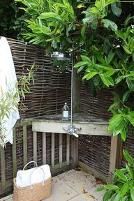 Garden--shower corne