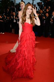 Isla Fisher red on r