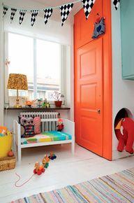 Love this orange doo