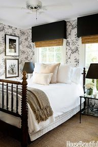 Charming bedroom wit