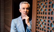 Baz Luhrmann, April