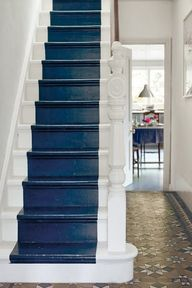 Navy painted stair r