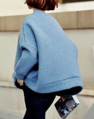 Oversized Blue Sweat...