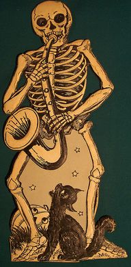 Skeleton with a sax,
