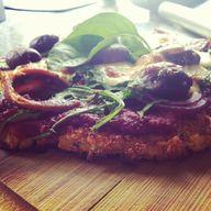 Pizza w2th Cauliflow