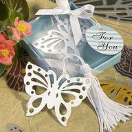 butterfly themed wed...