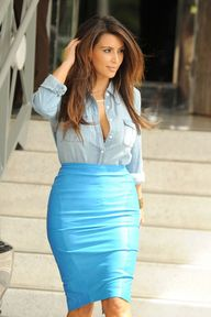 Chambray Chic- i love her curves!