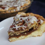 Cinnamon Roll Pie #v
