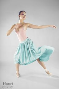 Ballet - Wing Yue Le