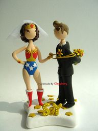 Wonder Woman cake to